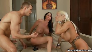 Michelle McLaren & Nadia Night & Bill Bailey in My Friends Hot Mom