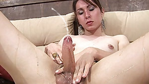 Wild t-babe glues her hand to big cock with honey and